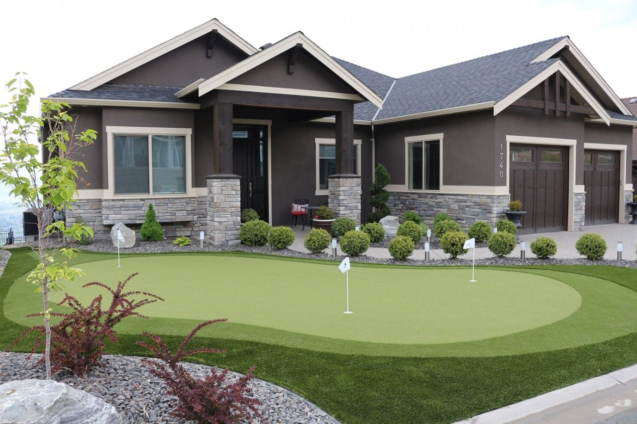 Read more on STI Builds Synthetic Turf Putting Green Connected to Backyard Green