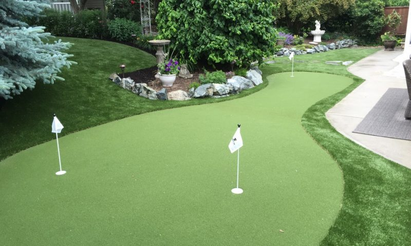 artificial grass putting green