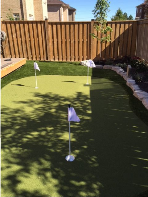 Synthetic Turf Backyard in Toronto, ON