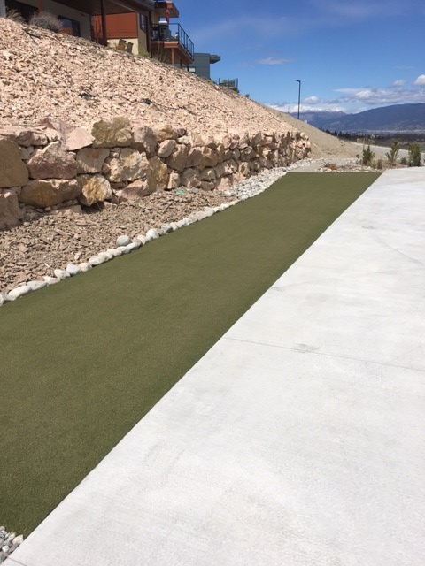 driveway synthetic turf