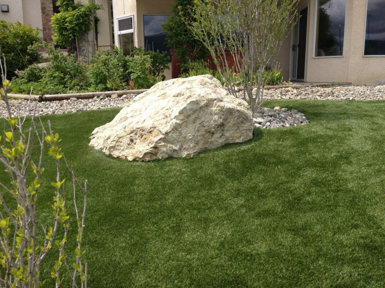 Artificial Grass & Turf | Synthetic Turf International | Soft Lawn Products