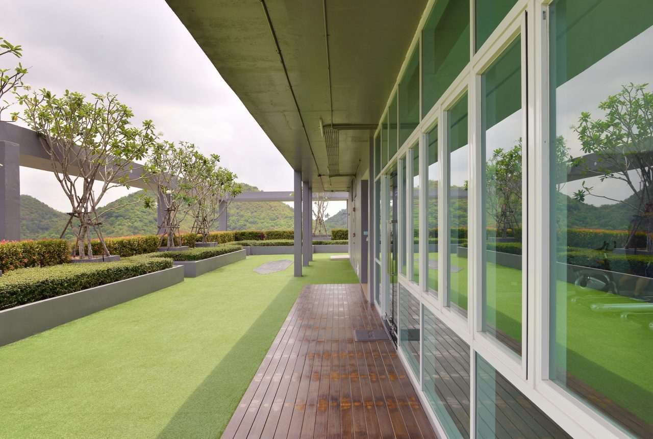 Read more on Enhance Your Rooftop with Synthetic Turf