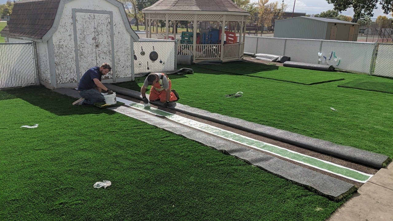 daycare install seaming